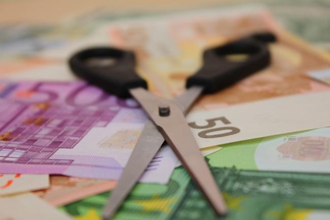Taxe d'habitation, retraites… : pour le think-tank Rexecode, le gouvernement aurait tout faux