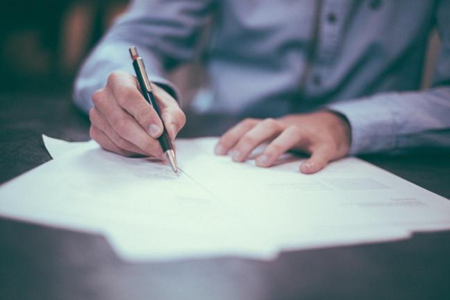 Les déclarations d'embauche ont fondu au deuxième trimestre