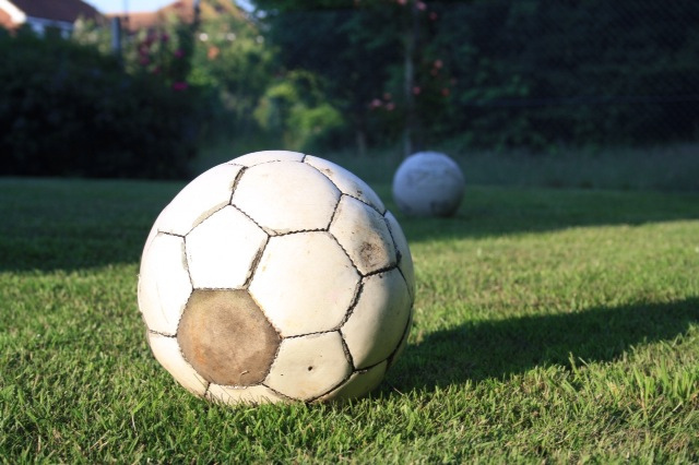 Taxe à 75 % : les clubs de football annoncent une grève