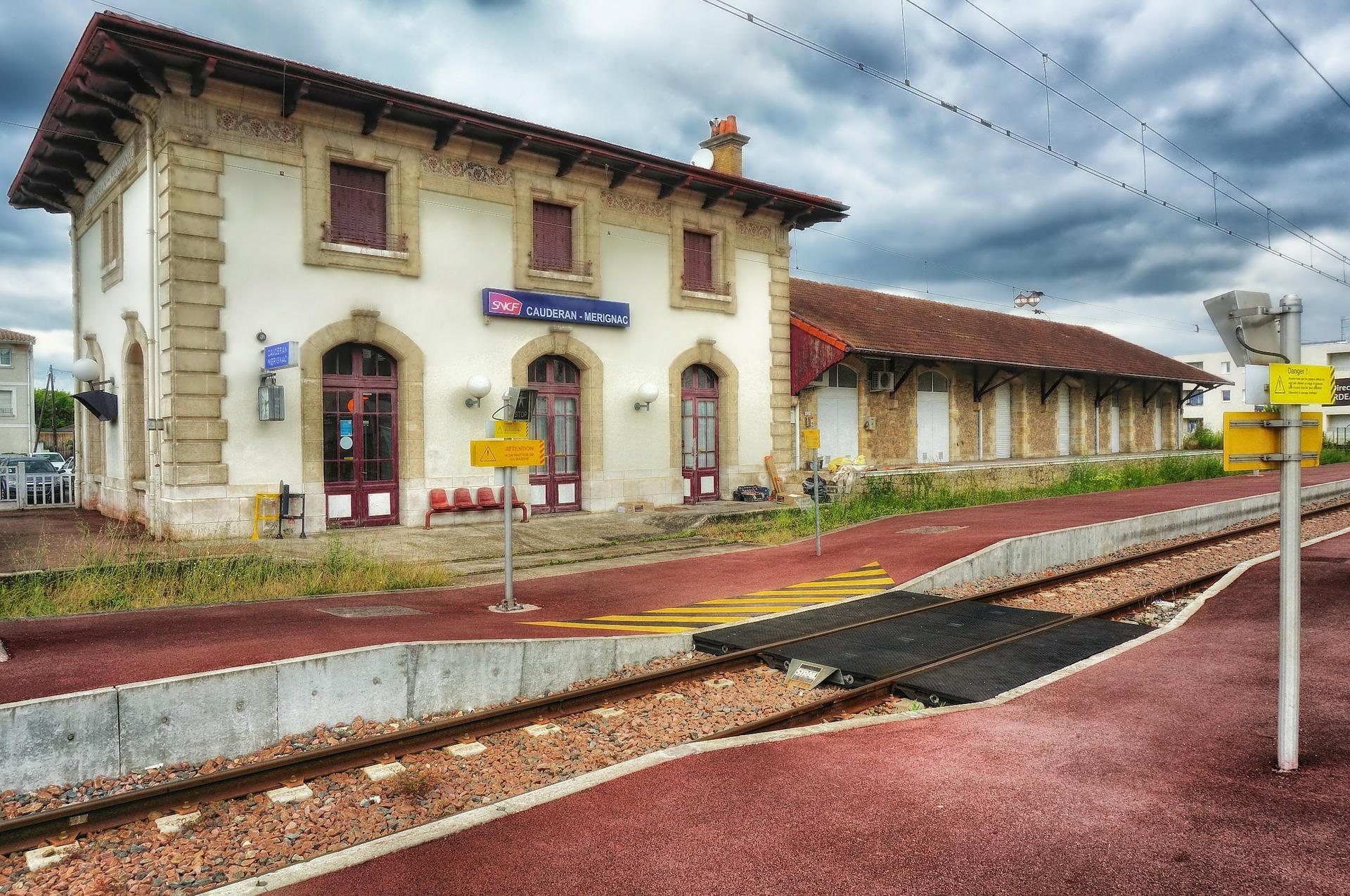 SNCF : la Défenseure des droits alerte sur ces gares qui ne vendent pas de billets