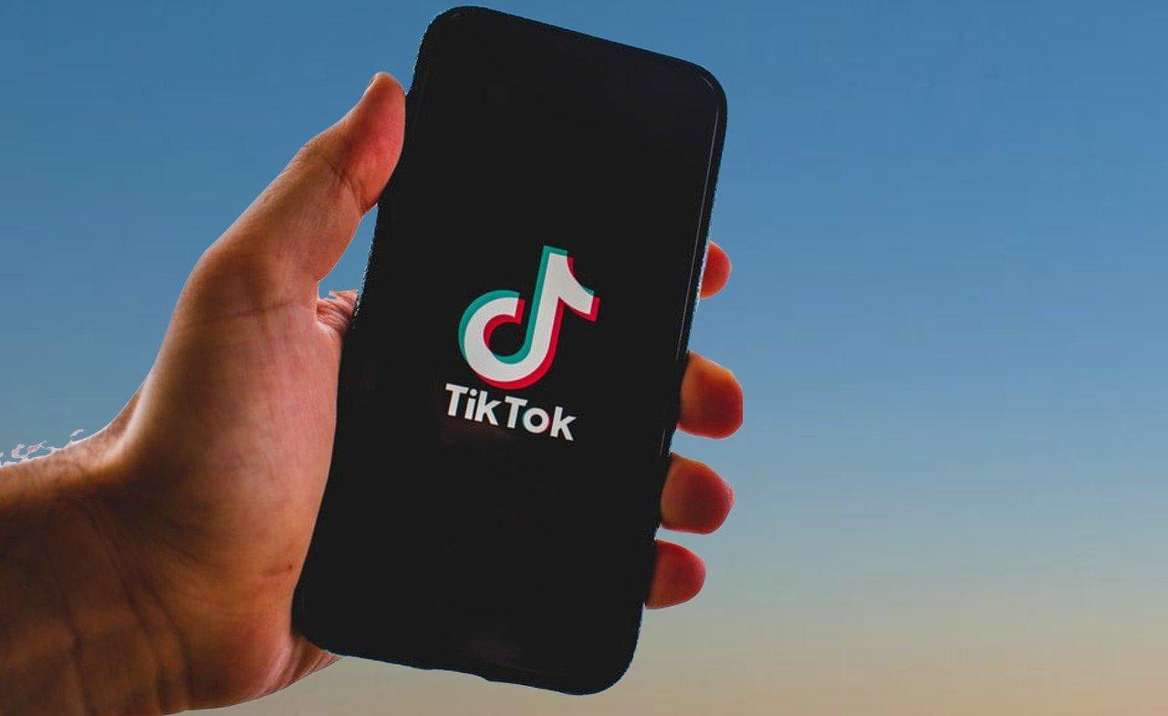 TikTok a engrangé plus de téléchargements que Facebook l'an dernier